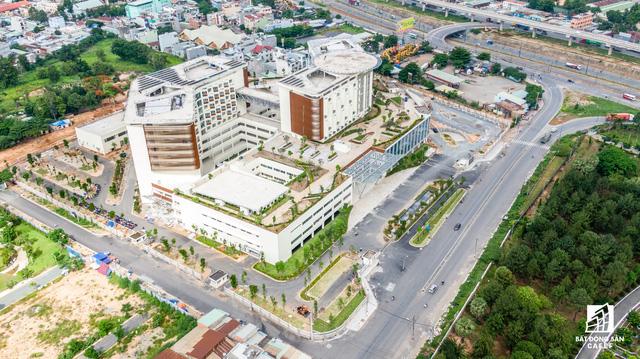 dji0253 1563844149596207377994 - Cận cảnh dự án bệnh viện gần 6.000 tỷ đồng tại TP.HCM sắp đi vào hoạt động vào cuối năm 2019