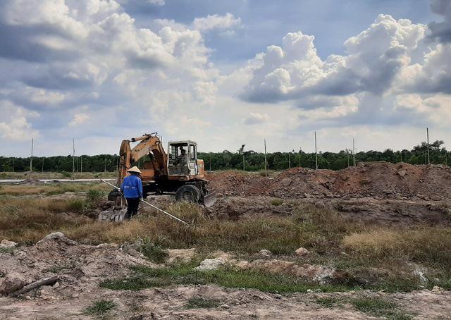 photo 1 15646550602872079260253 - Phân lô bán nền tràn lan, Bình Dương siết chặt quản lý đất đai