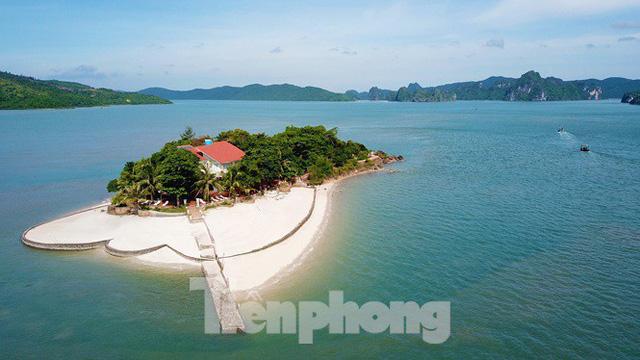 Hàng loạt đảo trên vịnh Bái Tử Long bị biến thành biệt thự, đặc khu - Ảnh 1.