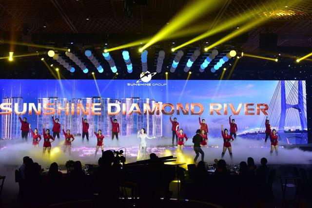 photo 14 1565598031588327422087 - Lễ ra mắt đậm chất nghệ thuật của Sunshine Diamond River tại Sài Gòn