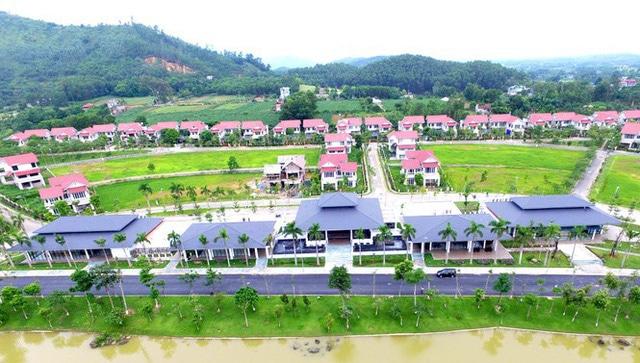 photo 1 15685111432332043980884 - 'Ông lớn' BĐS Hà Nội mang biệt thự, villas, căn hộ siêu sang đi 'cắm' ngân hàng
