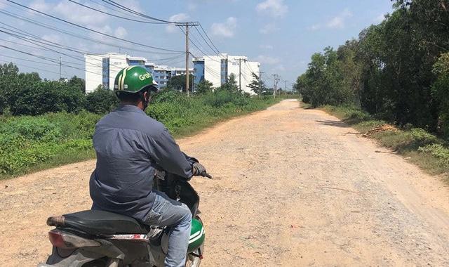 """photo 2 1568434954216448650200 - Khu tái định cư ngàn tỉ ở Bình Chánh giống như đô thị """"ma"""""""